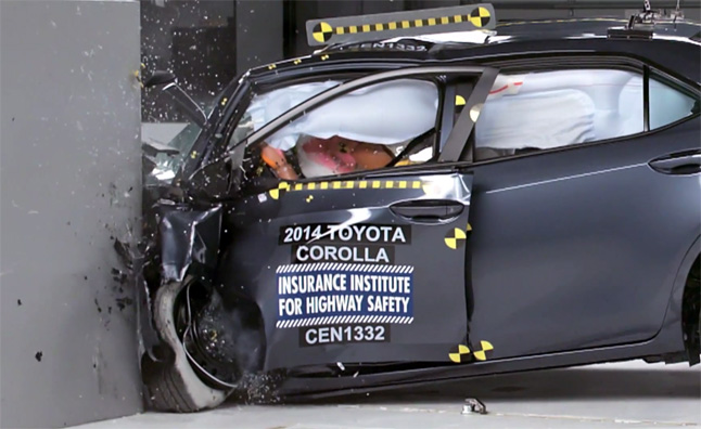 2014 Toyota Corolla Small Overlap Crash Test